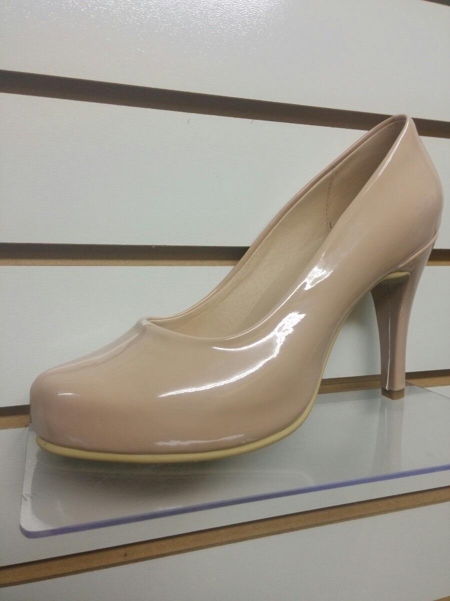 Cargando zoom... zapato calzado reyna charol color nude. taco ... 3f6fe93fdeab