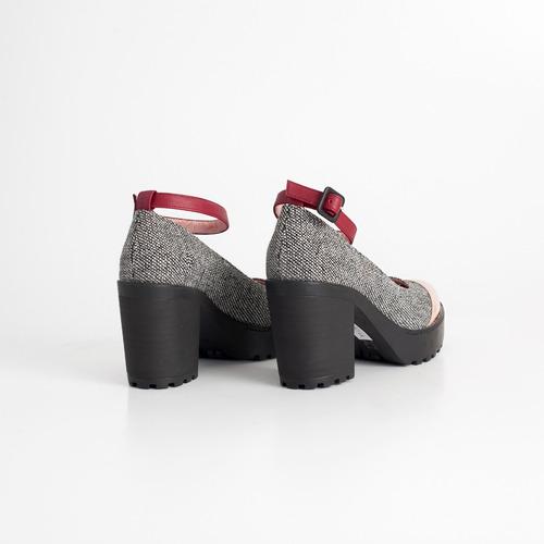 zapato clasico de tela y cuero. art michi. otro calzado