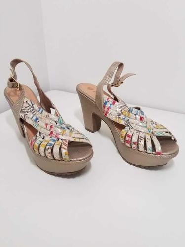 zapato de cuero auténtico