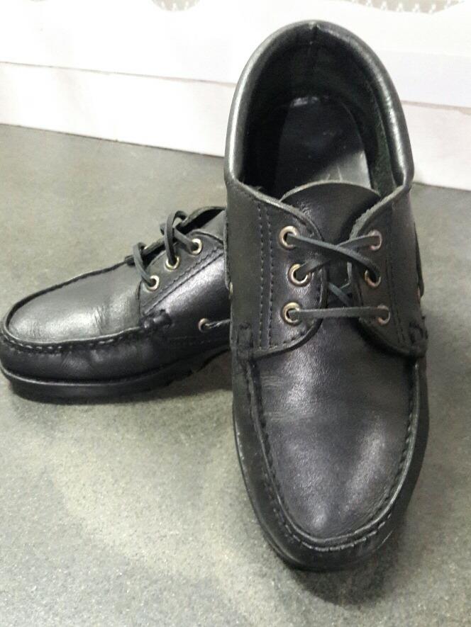 aa843b86eb5 zapato de cuero negro unisex escolar canadiense. Cargando zoom.