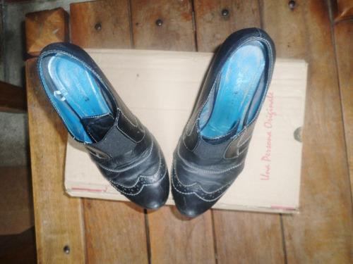 zapato de dama bosi usado oferta