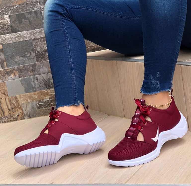b3f8e1653f Zapato De Dama Deportivos