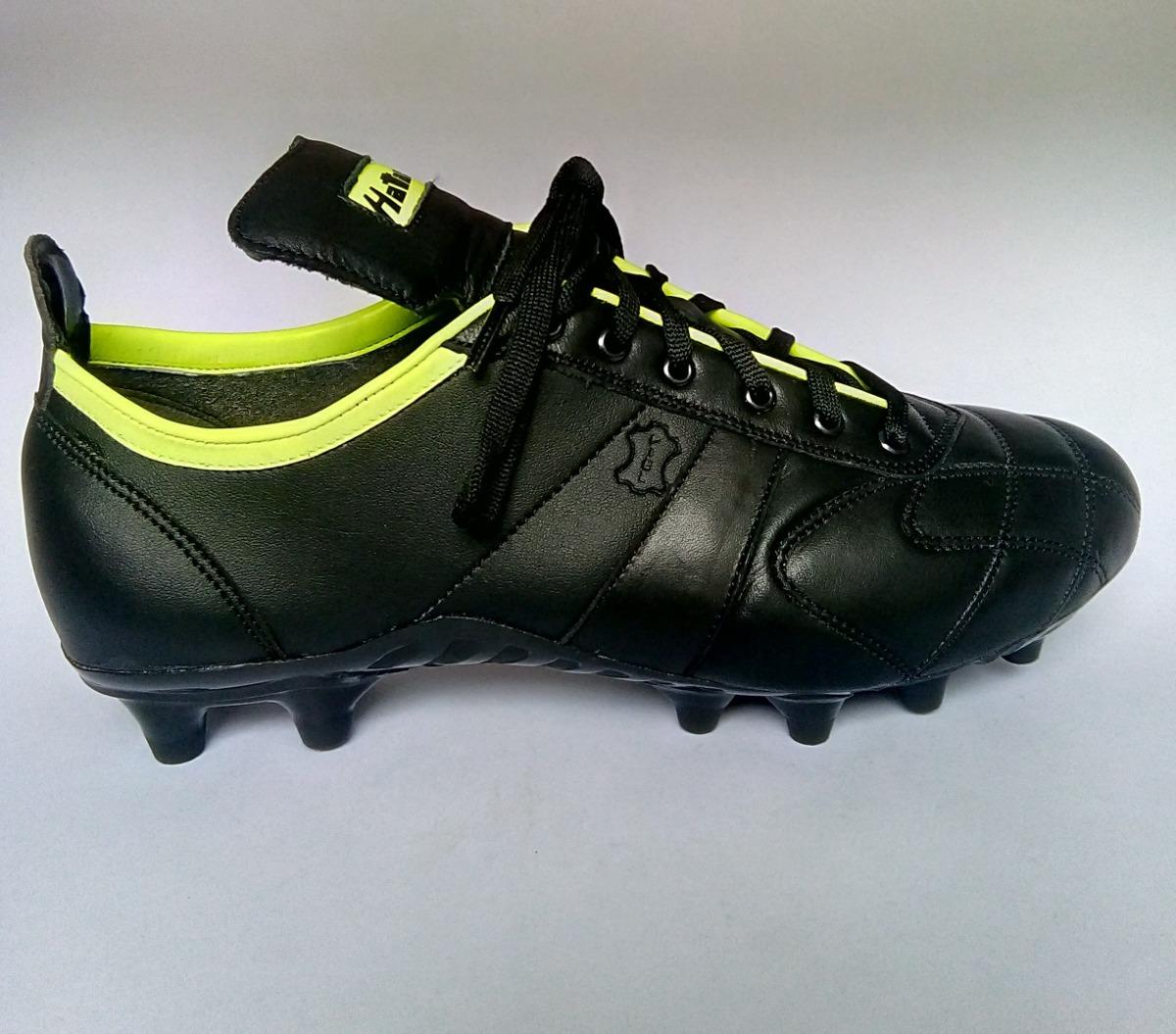 01d70b5e9c95f zapato de futbol estilo colmenero. Cargando zoom.