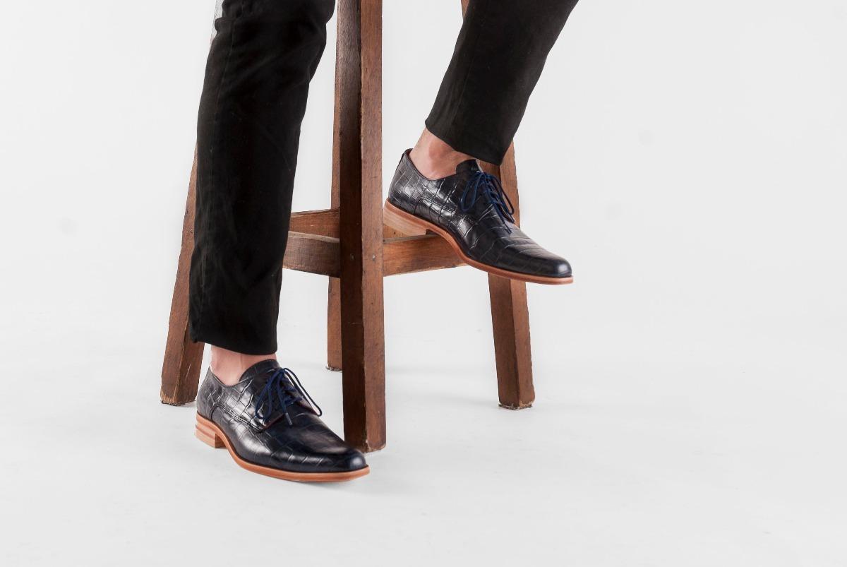 a3d30800fb zapato de hombre suela sport cuero cocodrilo croco azul. Cargando zoom.