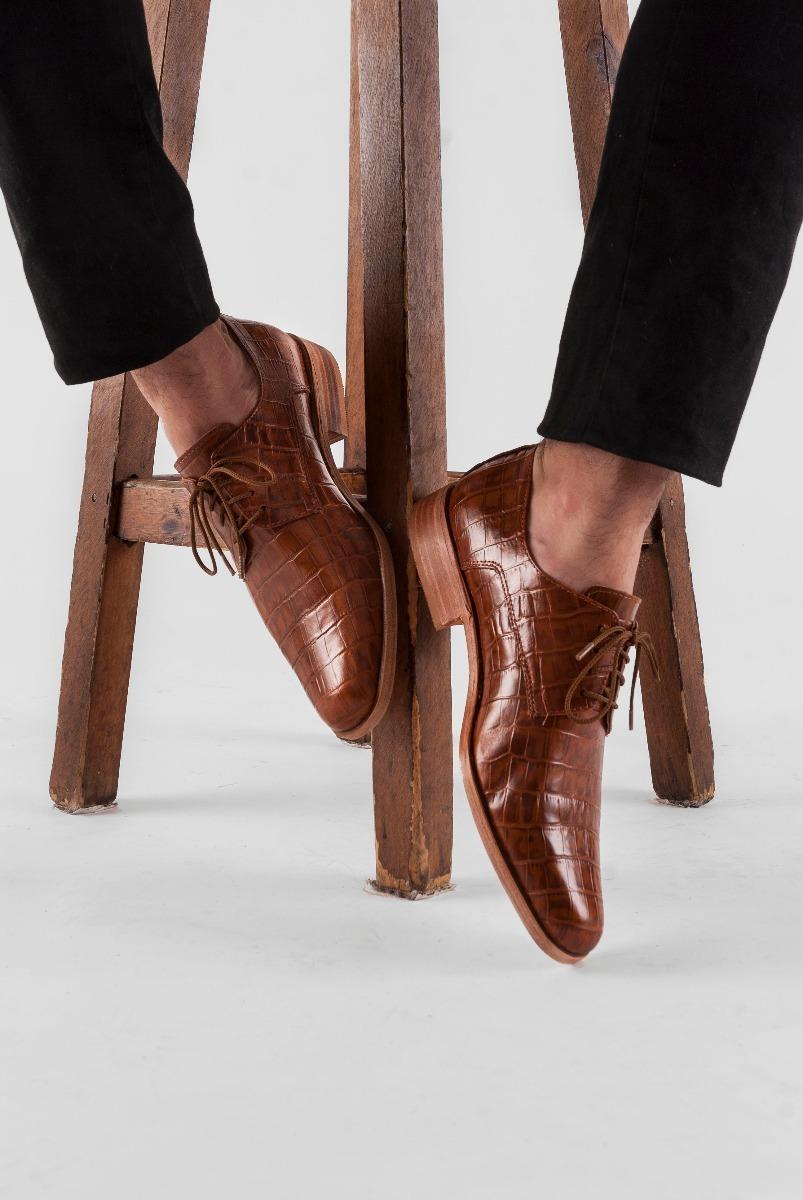 a44e99e1ca zapato de hombre suela sport cuero cocodrilo croco marron. Cargando zoom.