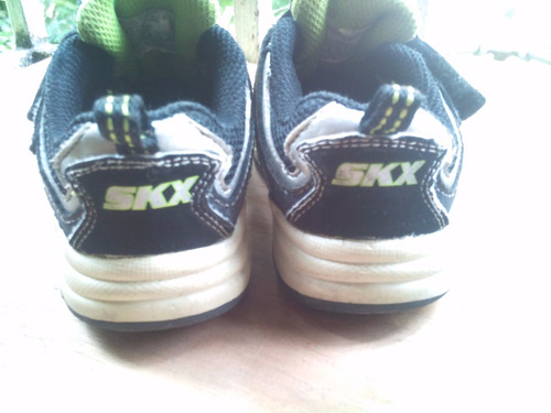 zapato de niño talla 23