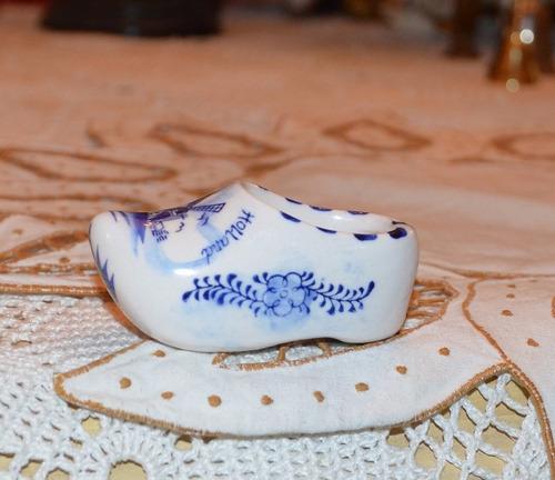 zapato de porcelana holandesa.