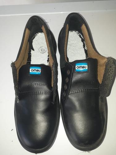 zapato de seguridad y trabajo ombú