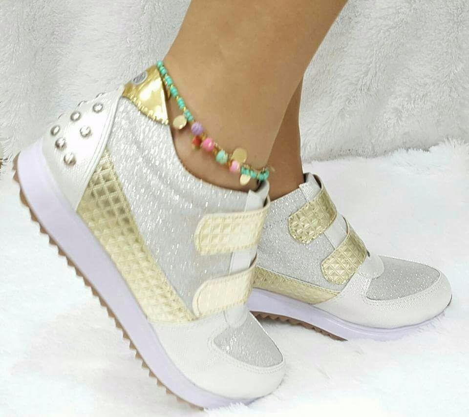 Zapato deportivo para mujer plata dorado en for Calzado de seguridad deportivo