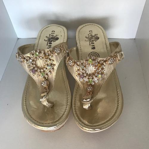 zapato dorado piedras no.6 y medio