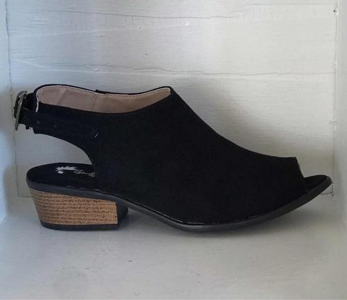 adecuado para hombres/mujeres buscar oficial precios de liquidación Zapato Estilo Botín #5 Tacón Bajo Negro Dama