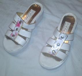 be08d9414 Zapato Goma Blanca Suela Alta Y Zapato Goma Rosa Talle 29
