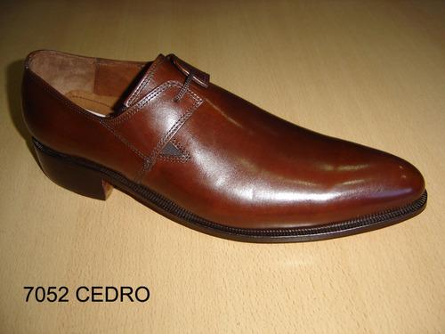 zapato hombre vestir cuero careva 7052 cedro (oferta)