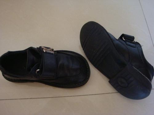 zapato kickers colegiales