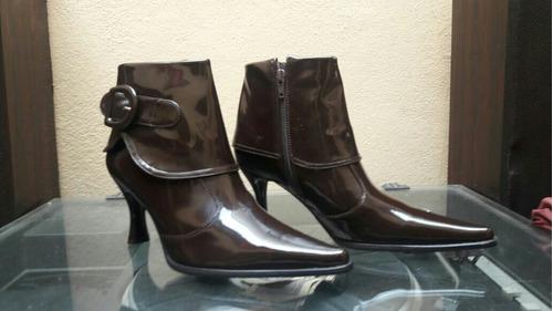 zapato mujer taco caucho cafés