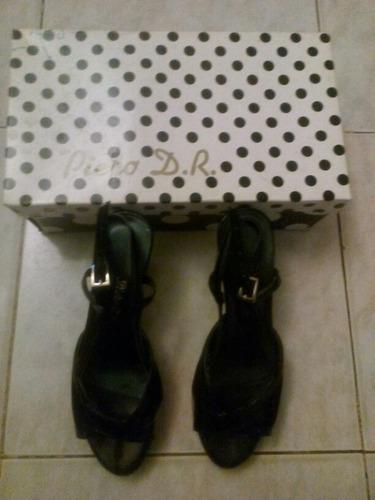 zapato negro n.36 tc 70  marca piero d.r