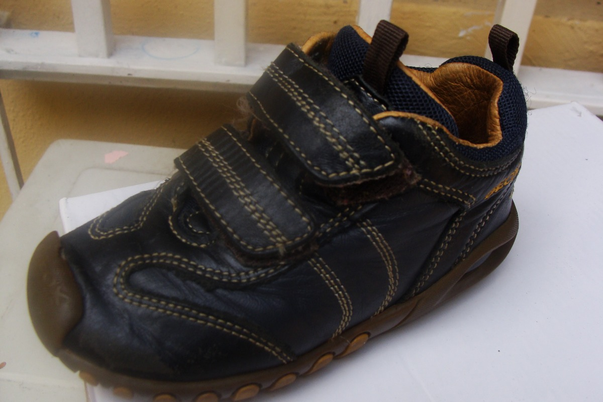 546ddcc4d6f zapato niño geox 23. Cargando zoom.