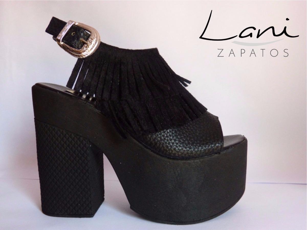 a05860cb Zapato Plataforma Negro Flecos - $ 550,00 en Mercado Libre