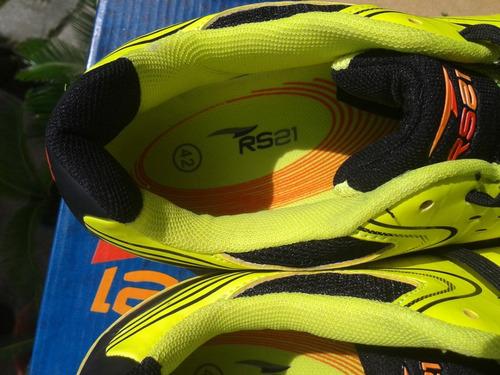 zapato rs21 original strategy men   futbol sala   talla 42