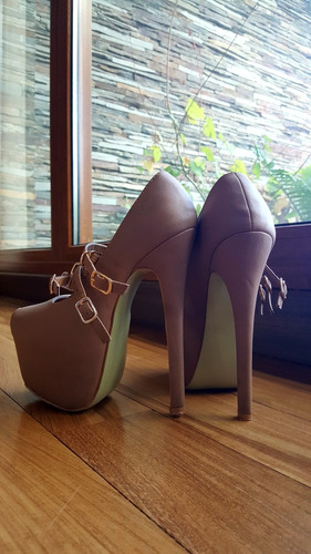 zapato stilleto importado color nude numero 36