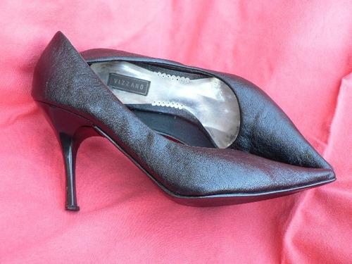 zapato stilletto divino nº 39 40 negro semi  brillante