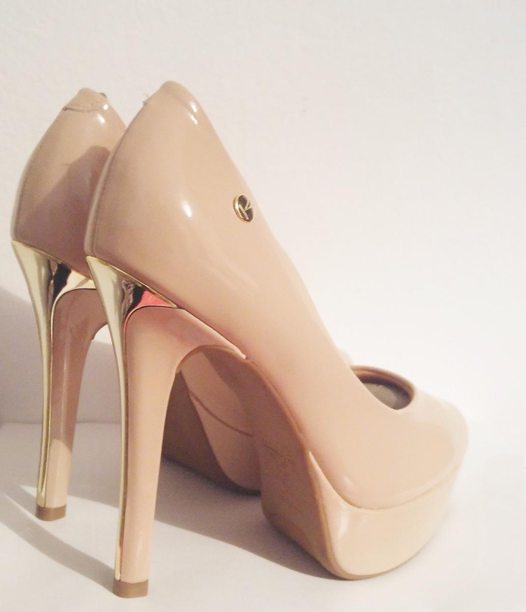 zapato taco fino color nude de charol. Cargando zoom. 7bd9587b9bc2