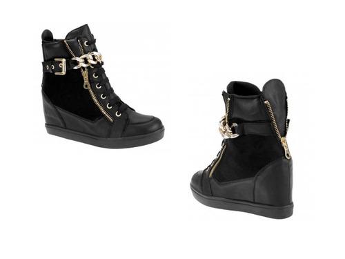 zapato tenis bota color negro con detalle al frente