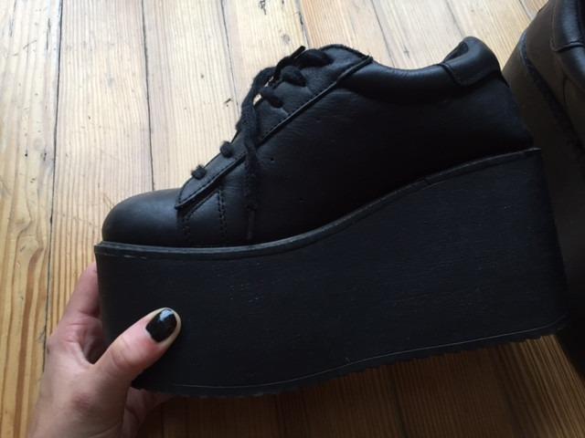 5f60813e410d7 Zapatos 47 Street Nuevas Negras. Temporada 2015 -   800
