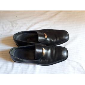 8a46ead0565cf Zapatos Negros Salvatore Ferragamo Numero 7 Usados De 1 Año