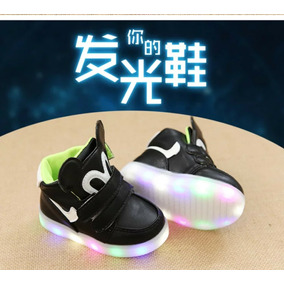 e07954b1181af Tenis Mickey Mouse Led - Ropa