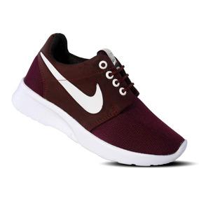 75295007a7845 Tenis Nike Roshe One Vino Niños (2 Colores)