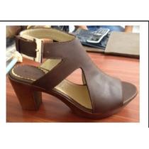 Hermoso Zapato Hebilla En Cuero