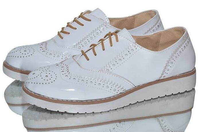 e0f83cf8 Zapatos Acordonados Bajos Simil Charol Calzado Mujer Moda - $ 1.590 ...