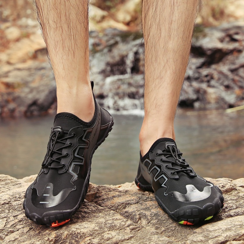 Las sneakers para las caminatas a la playa: Se vienen las