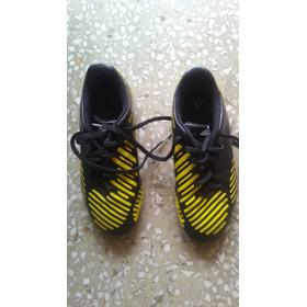 Zapatos adidas De Taco Para Futbol Talla 35 Color Amarillos
