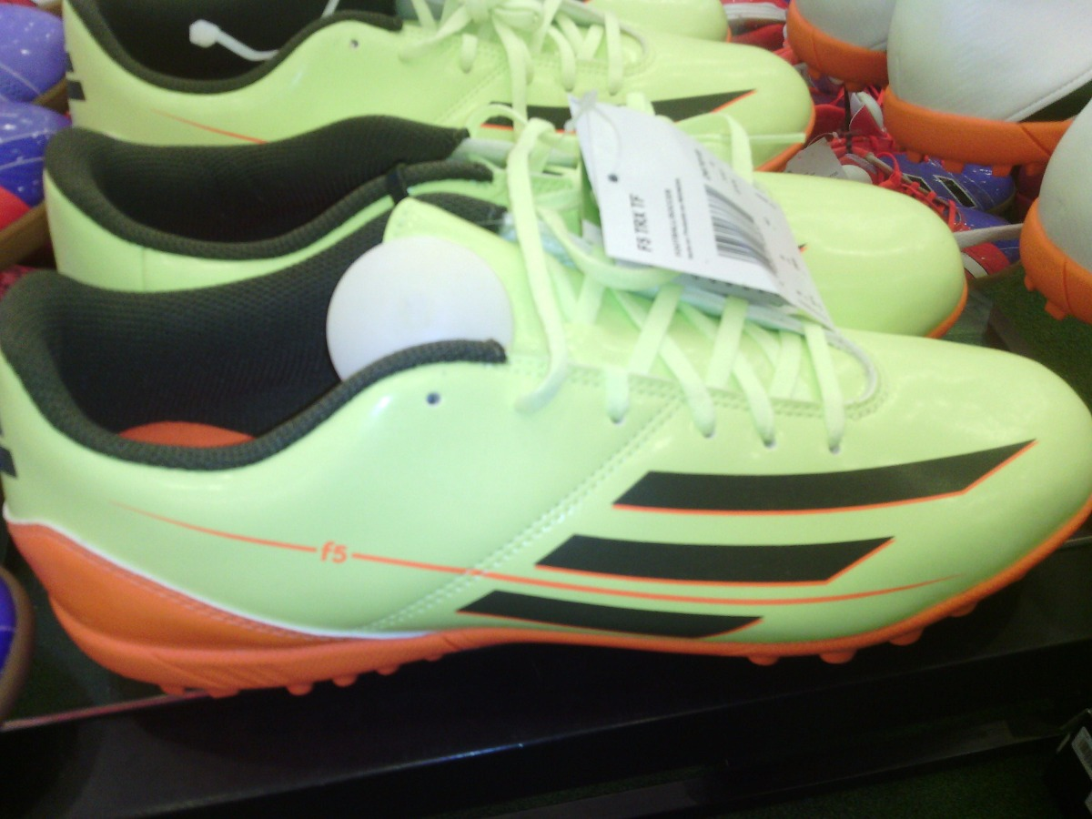 zapatos adidas messi futsal f5 f10 originales. Cargando zoom. d93fb3f2f26c8
