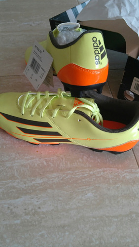 zapatos adidas para fútbol