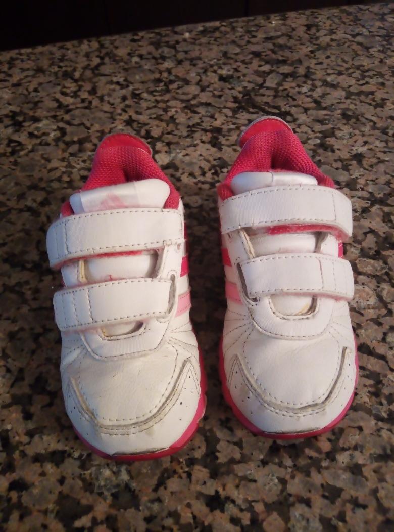 000 00 Mercado 22 Talla Usados Zapatos Adidas En Niña Bs20 Para mNwn0v8