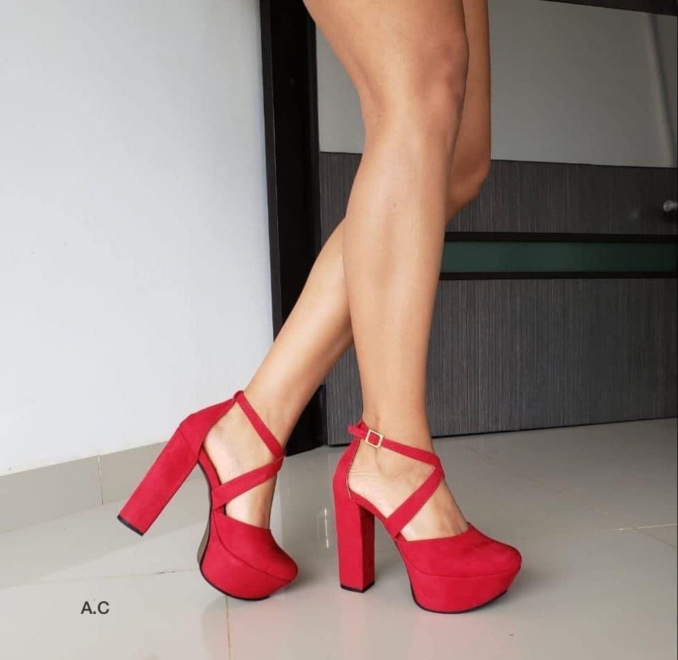 bueno buena textura imágenes detalladas Zapatos Altos Elegantes Y Muy Comodos