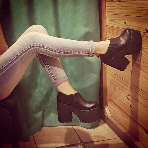 zapatos altos liquidacion!!! solo número  40