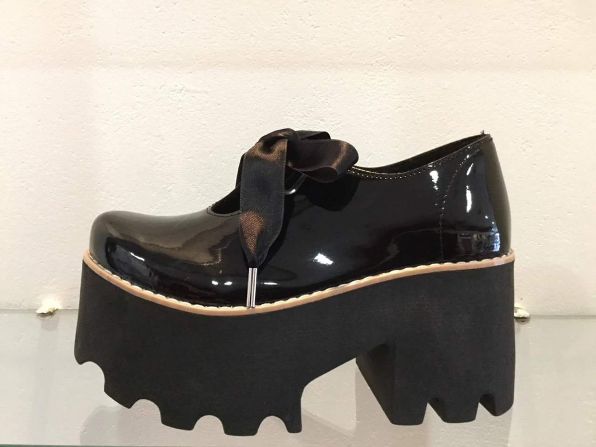 acd68822 zapatos-altos-mujer -botineta-charol-lazo-temporada-2018-D_NQ_NP_905462-MLA25966244618_092017-F.jpg