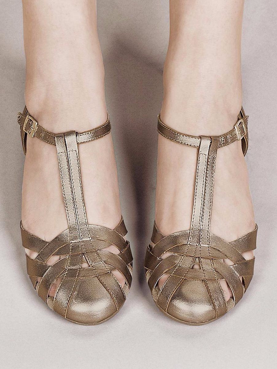f29ba0e820eef zapatos andrea con tiras oro piel confort 2363288 mod. 8894 · zapatos andrea  con. zapatos andrea con · andrea con zapatos. andrea con zapatos. 6 Fotos
