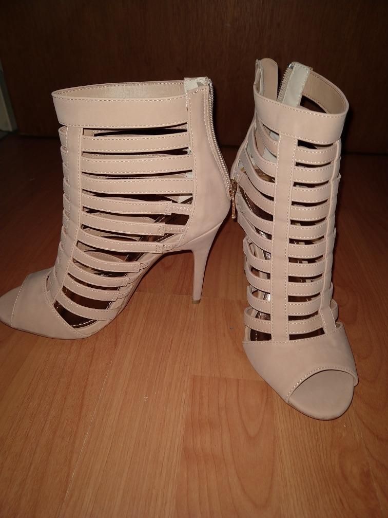 8f94d334 Zapatos Anne Michelle, 38, Beige Nuevos Traidos De Miami. - $ 1.500 ...
