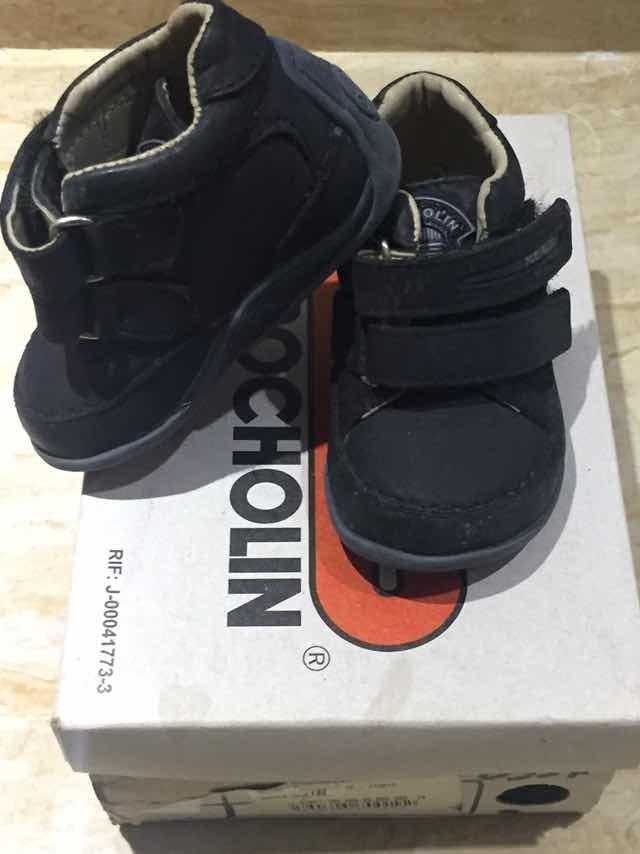 e9ef844a2ba zapatos bebé marca pocholin talla 18. Cargando zoom.