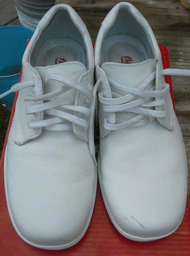 zapatos blancos marca flexi