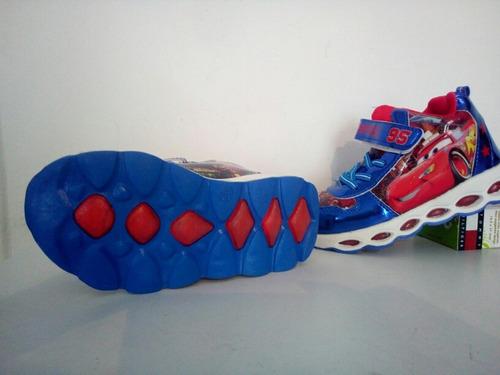 zapatos botines con luces led cars talla 32 y 33 para niños