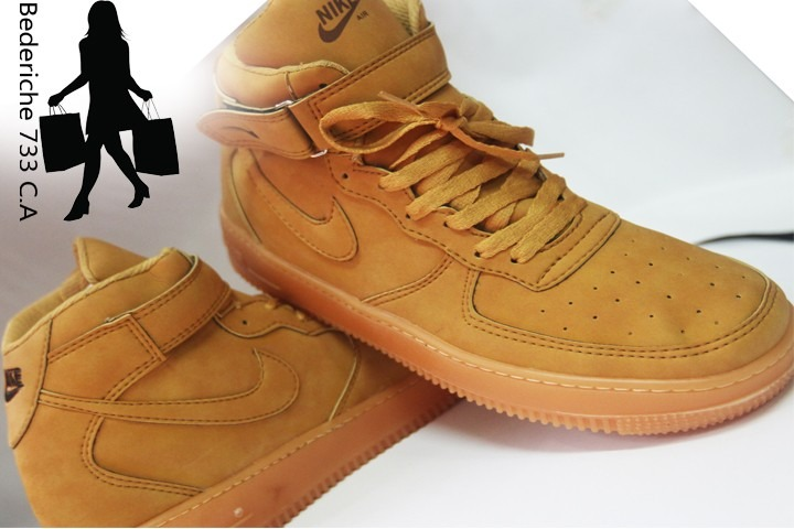 Zapatos Botines Nike Air Force One Para Damas Y Caballeros - Bs. 0 ... 0099839b903c