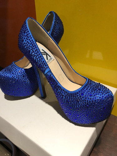 zapatos by kiss kouture crystal pump talle 6 (usa)