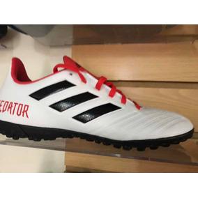 official photos dbf02 af196 Zapatos Pupillos adidas Predator Talla 40 Nuevos Originales