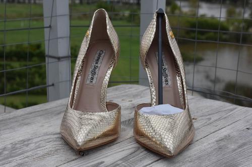zapatos carmen steffens dorados